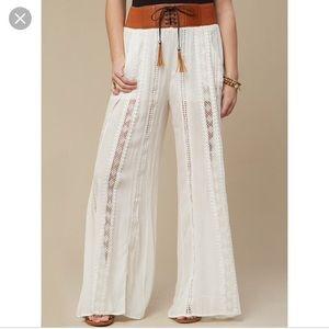 Pants - Boho white wide leg crinkle pants.